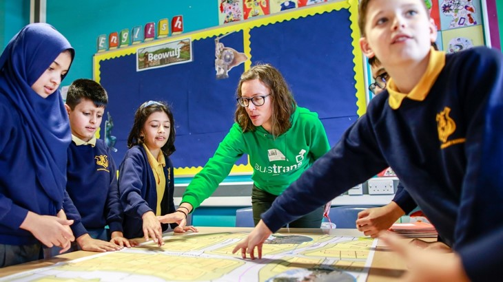 Jo Phillips from Sustrans working with children in a school in Manchester